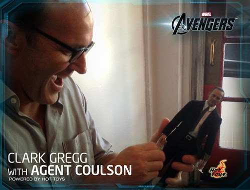Phil Coulson Clark Gregg Hot Toys 1