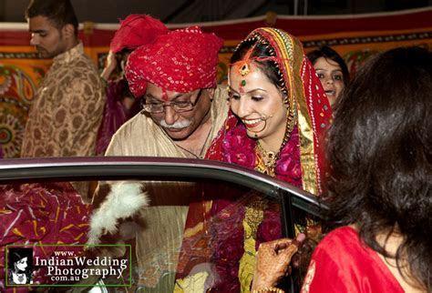 Vidai Ceremony   Bidai custom in Traditional Indian Weddings