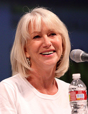 English: Helen Mirren at the 2010 Comic Con in...