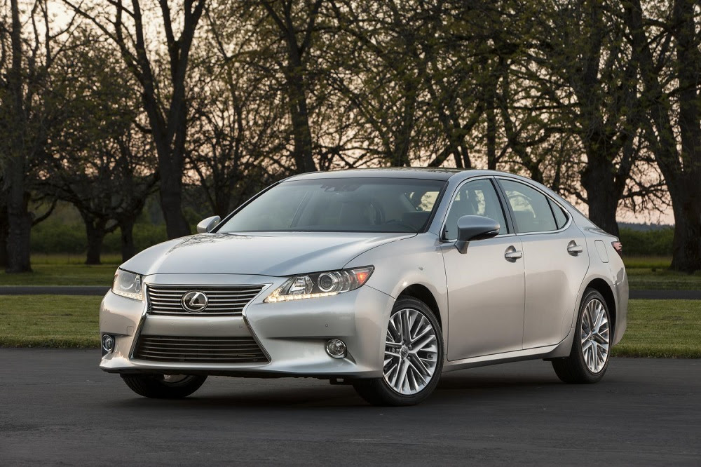 2014 Lexus ES 350 Seduces With Luxury, Smoothness, And ...