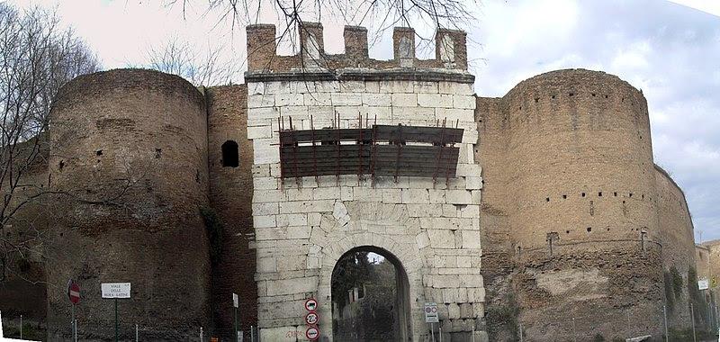 File:Celio - Porta Latina 2030st.JPG