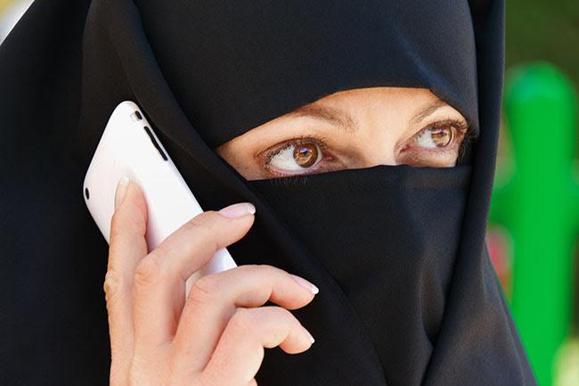 http://www.barenakedislam.com/wp-content/uploads/2014/10/zakaz-zakrywania-twarzy.jpg