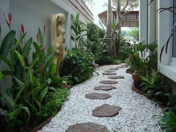 25-Lovely-DIY-Garden-Pathway-Ideas-16