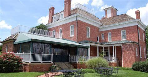 Kentlands Mansion   Putting on the Ritz