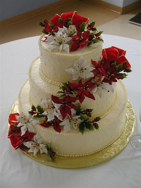 Christmas Wedding Cake   CakeCentral.com
