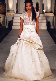 Monique Lhuillier dress   Wedding Wishes   Pinterest