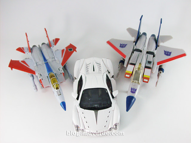 Transformers Starscream Alternity vs Starscream G1 vs Classics - modo alterno