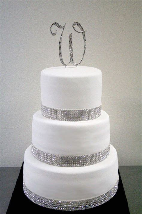 25  best ideas about Bling wedding cakes on Pinterest