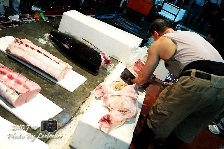 崁仔頂漁市|媲美日本築地魚市場|台灣築地魚市場|基隆孝一路市場魚市早市