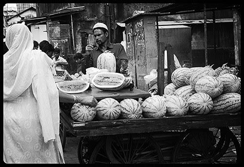 Last Ek Price Bolta Hun..Rs 150..Lo Ya Bhul Jao by firoze shakir photographerno1