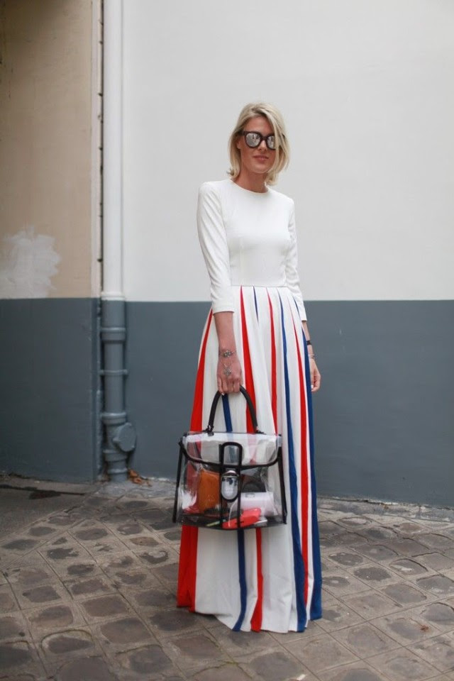 red-white-blue-maxi-dress-clear-bag-via-wwd