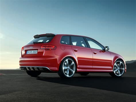 RS3 Hatchback 5 door / 8PA / RS3 / Audi / Database / Carlook