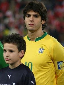 Ante la convocatoria para los próximos partidos amistosos de Brasil, Kaká admitió que se sintió como si fuera la primera vez.