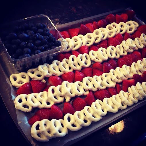4th of July Snack Idea. great idea  this i could do.