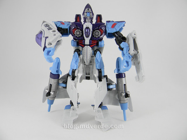 Transformers Jetblade HftD Deluxe - modo robot