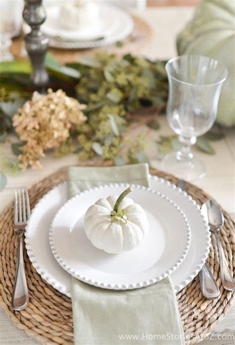 Simple Thanksgiving Table Setting Ideas   My Sister's Suitcase