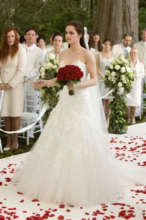 Bella Swan Wedding Dress In Her Dream   Wedding Dress in