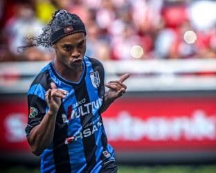 Ronaldinho Gaúcho é oferecido ao Vasco e contratação tem aval de Eurico Miranda