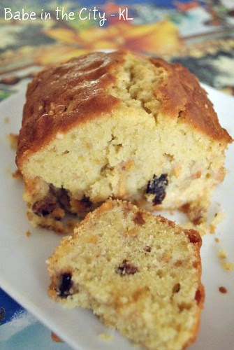 persimmon almond cake