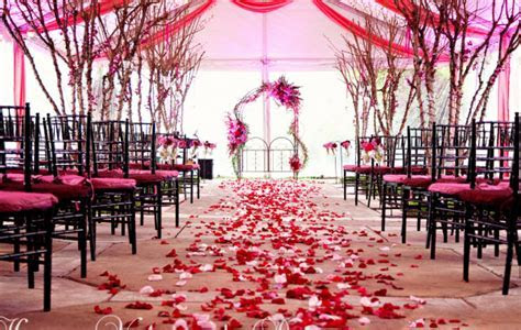 Red And Pink Wedding Theme