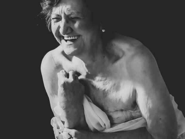 Projeto fotografou 32 mulheres com idades entre 23 e 80 anos (Foto: Cátia Line Rissi/Divulgação)