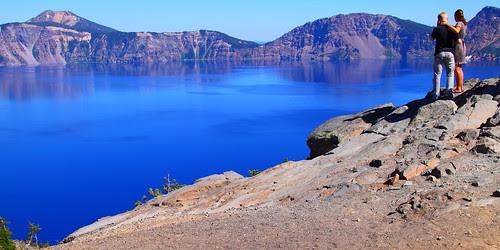 IMG_9280 Couple Enjoying the Lake, Crater Lake NP