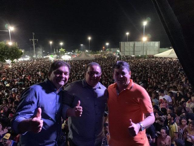 João Câmara: Festa da Emancipação atrai multidão a praça Monsenhor Freitas