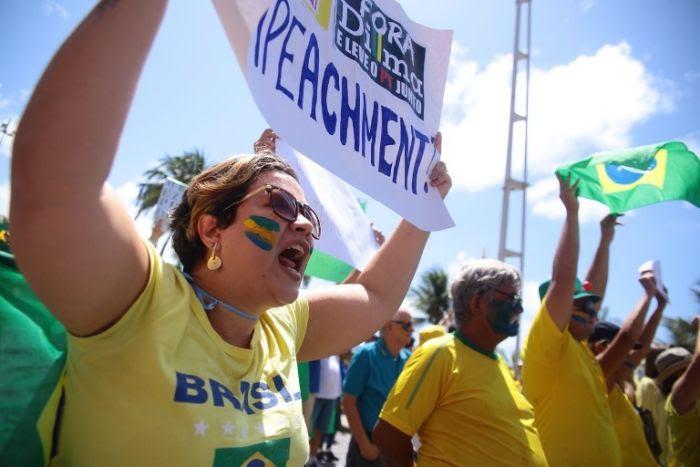 Recife: manifestação contra Dilma em Boa Viagem