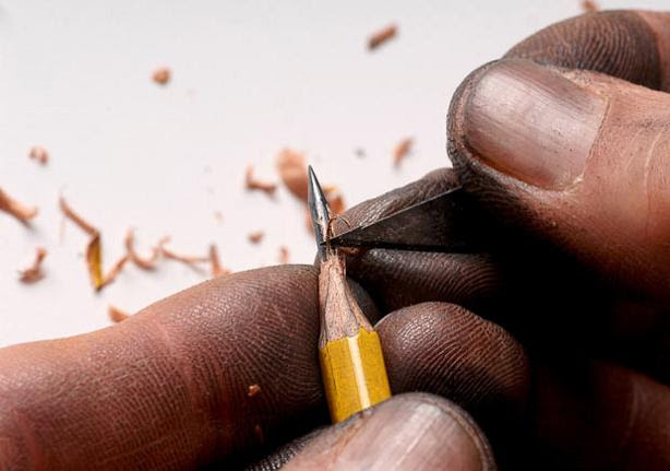 carving-a-lead-pencil-tip