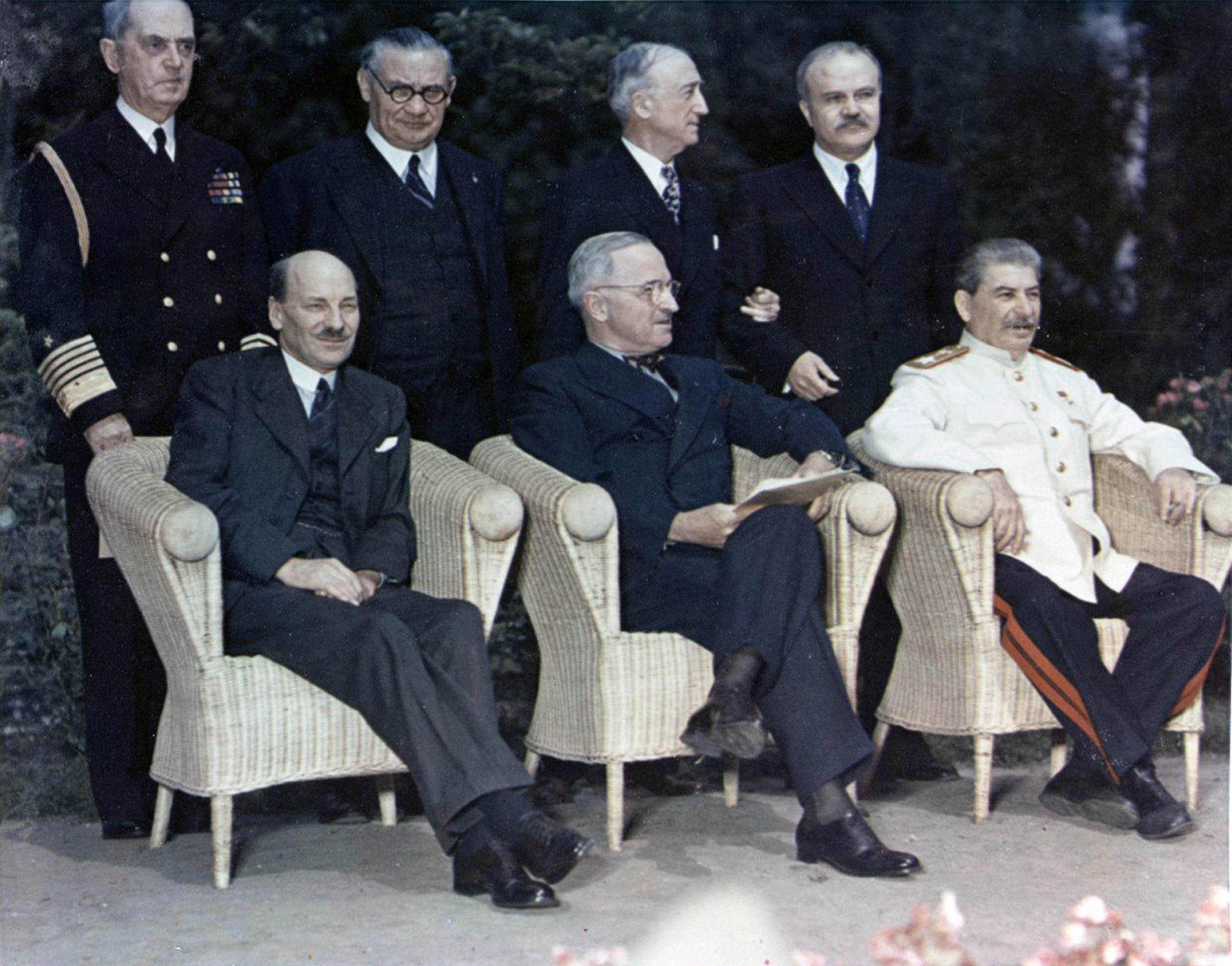 Arquivo: Conferência de Potsdam 1945-8.jpg