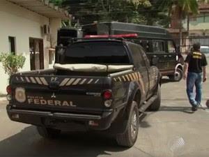 Polícia prendeu 18 pessoas nesta quinta-feira. (Foto: Reprodução/ TV Santa Cruz)