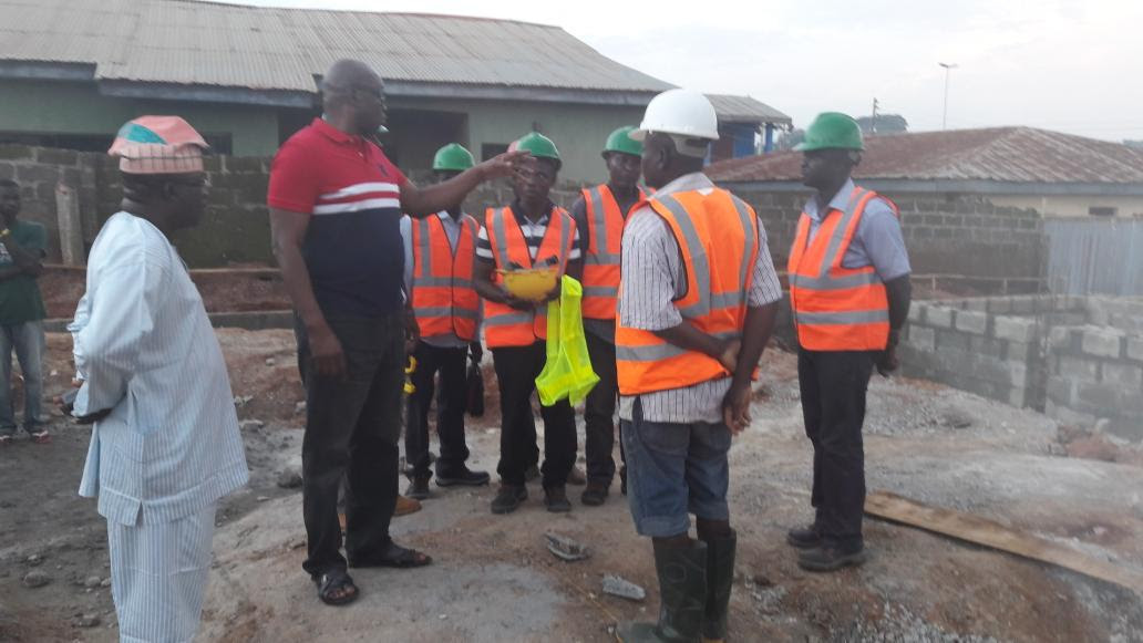 Fayose Inspects Ekiti PDP Secretariat Site