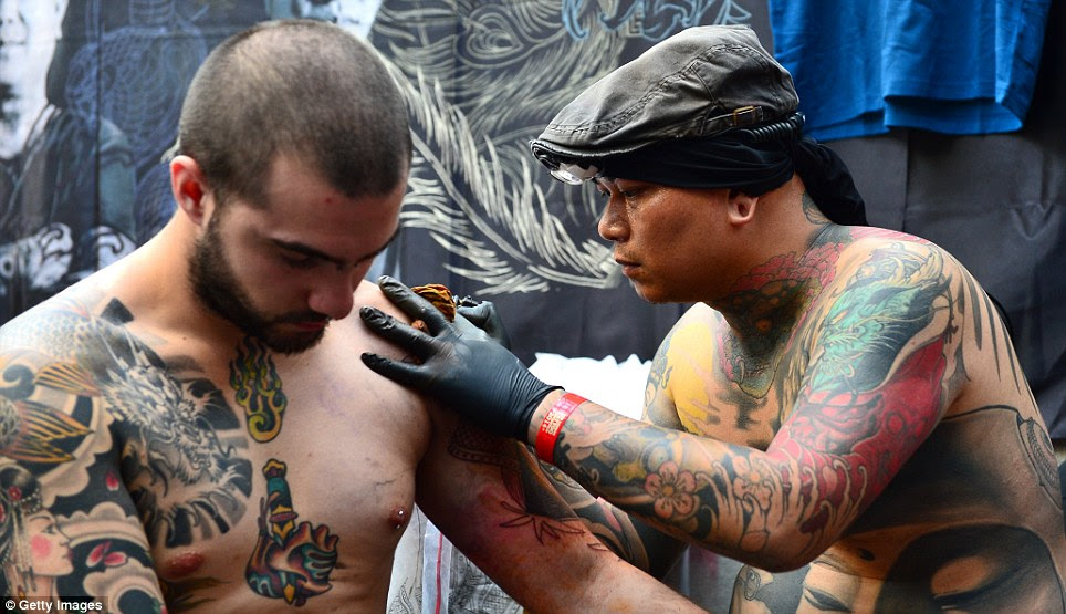 How Do You Tip A Japanese Tattoo Artist Von Trapps