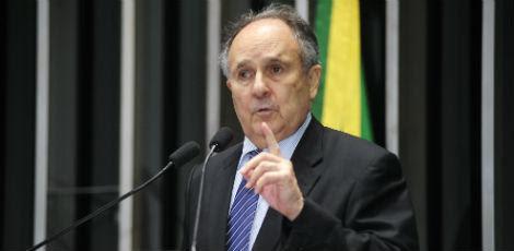 Senador Cristovam Buarque (PPS-DF) faz parte do grupo dos senadores que irá propor eleições antecipadas / Foto: Agência Brasil