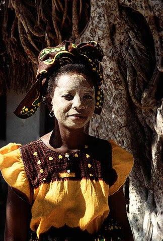 mozambique mask