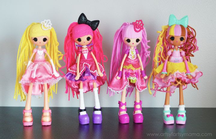 Lalaloopsy Girls Crazy Hair Dolls at artsyfartsymama.com #CrazyHairDay