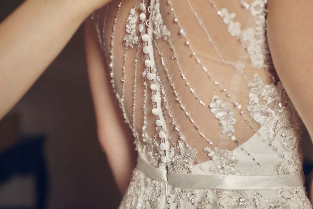 Back of bride's dess - www.helloromance.co.uk