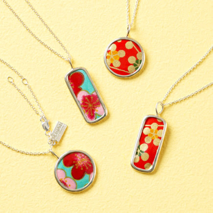 Japanese Paper Flower Necklaces - Circle Flower Necklace (Blue) 0