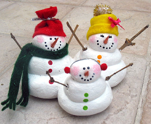 Store Crafts » Blog Archive » Make a Salt Dough Snowman Family