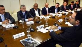 Governadores pedem que União autorize operações de crédito pelos estados