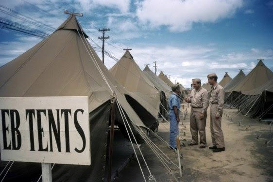 Barracas de Parnamirim Field - Fonte - Ivan Dmitri/Michael Ochs Archives / Getty Images, via - http://www.buzzfeed.com