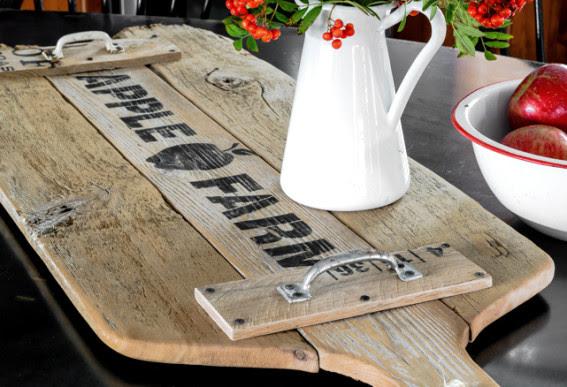apple farm cutting board tray-1315