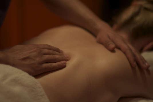 En France, 47 établissements, publics ou privés, forment au métier de masseur-kinésithérapeute.