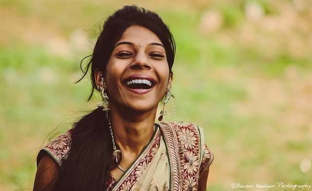 Happy_Indian_woman-Naveen_Kadam_Photography-640p-Flickr-CC