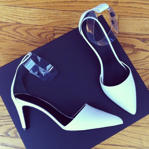 LE FASHION BLOG INSTAGRAM TIBI SHANE WHITE POINTY HEEL KITTEN HEEL CLEAR PERSPEX TRANSPARENT ANKLE STRAPS 4