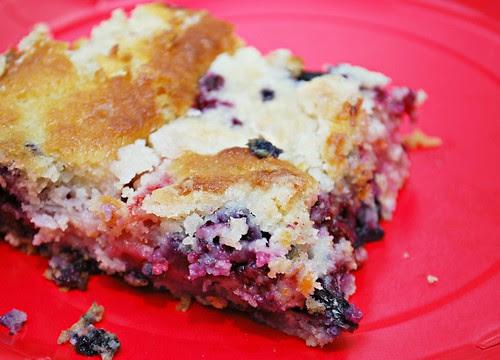 Mixed Berry Picnic Cake