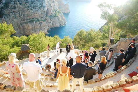 IBIZA ~ A breathtakingly beautiful cliff side ceremony