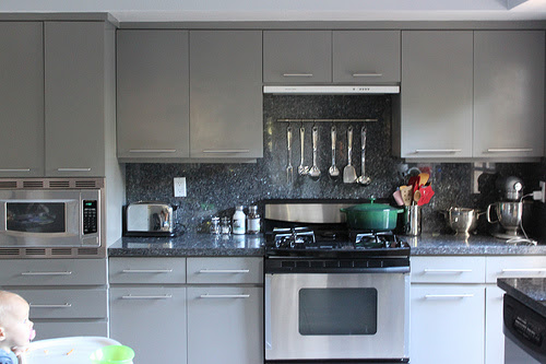 Easy Kitchen Updates: Knobs & Pulls - The Inspired Room