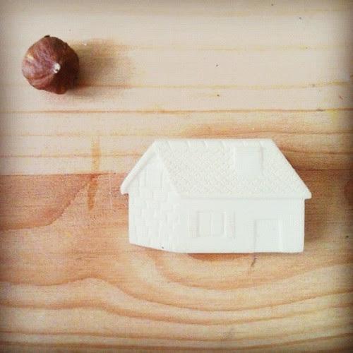 Inside my small world by la casa a pois