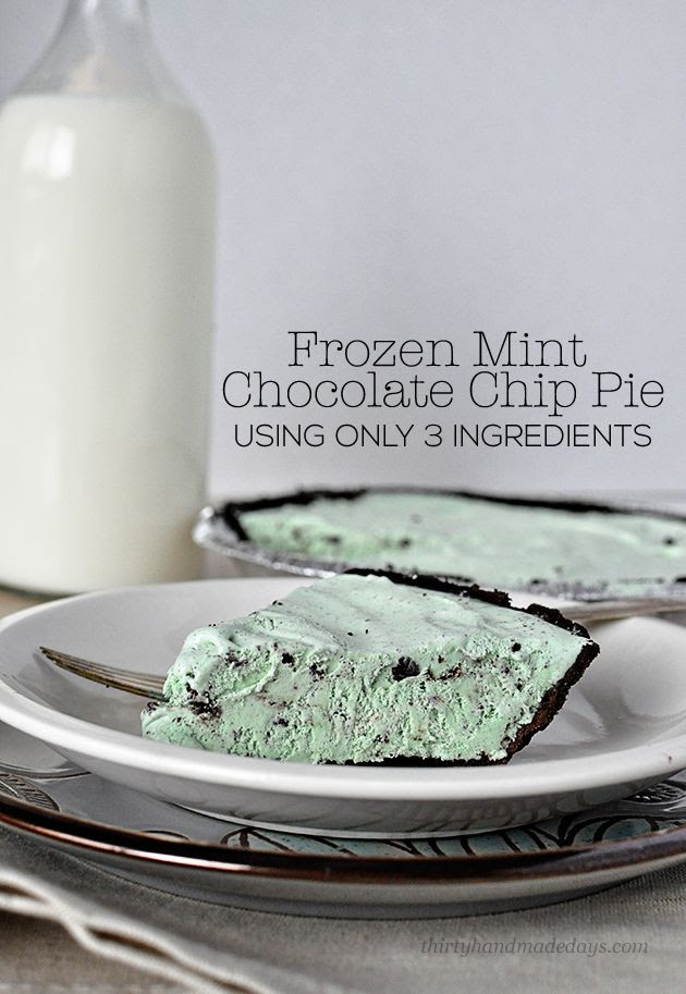 Simple Frozen Mint Chocolate Chip Pie- uses only 3 easy to find ingredients! www.thirtyhandmadeda...